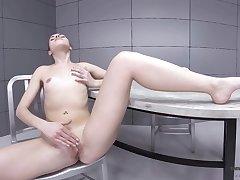 Solo girl reveals nude scenes and pussy fingering in seductive scenes
